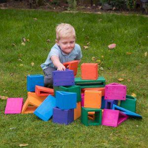 Outdoor Coloured Hollow Block set
